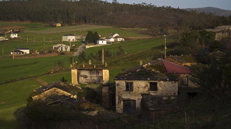 Làng Granda đang được rao bán ở tỉnh Lugo, Tây Ban Nha - Ảnh: Bloomberg.