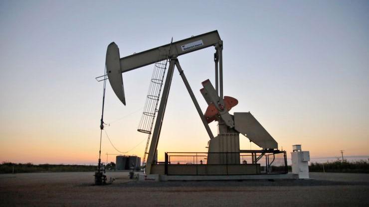 Một giếng dầu ở Gunthrie, Oklahoma, Mỹ - Ảnh: Reuters/CNBC.