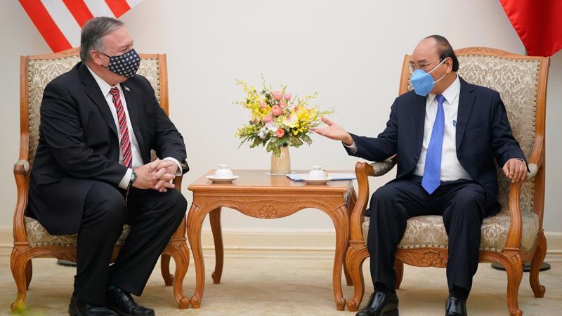 Thủ tướng Nguyễn Xuân Phúc tiếp Ngoại trưởng Mỹ Michael Pompeo ngày 30/10 - Ảnh: VGP.