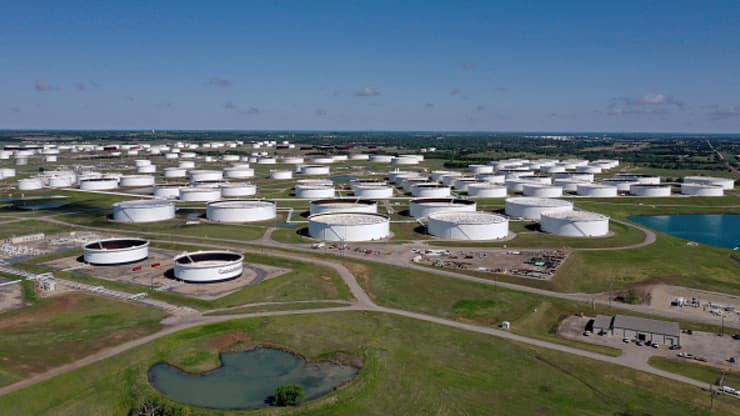 Kho dầu thương mại lớn nhất của Mỹ ở Cushing, Oklahoma - Ảnh: Getty/CNBC.