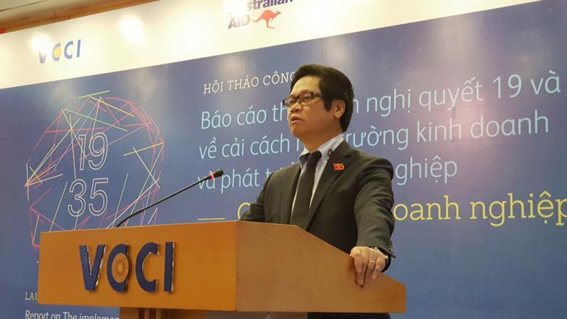 Chủ tịch VCCI Vũ Tiến Lộc phát biểu tại hội thảo