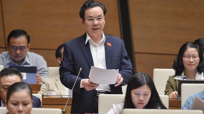 Đại biểu Hoàng Văn Cường phát biểu tại phiên thảo luận sáng 5/11 - Ảnh: Quochoi.vn