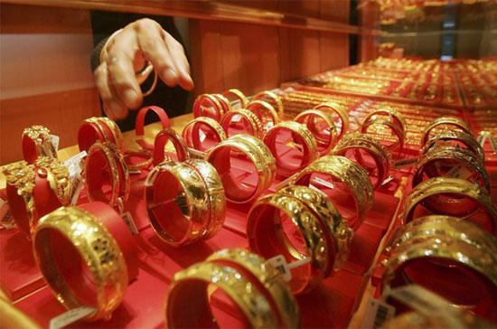 Giá vàng liên tục lập kỷ lục mới trên thị trường quốc tế.