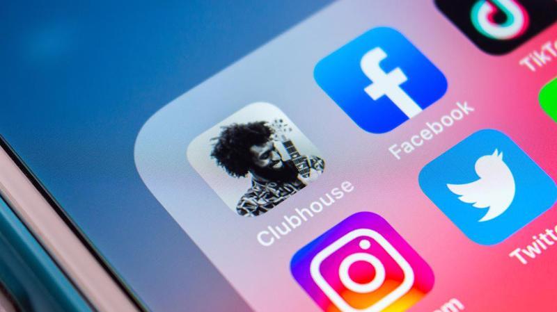 Facebook đang chuẩn bị tung ra sản phẩm tương tự như Clubhouse - ứng dụng trò chuyện âm thanh mới ra đời năm 2020 - Ảnh: CNN