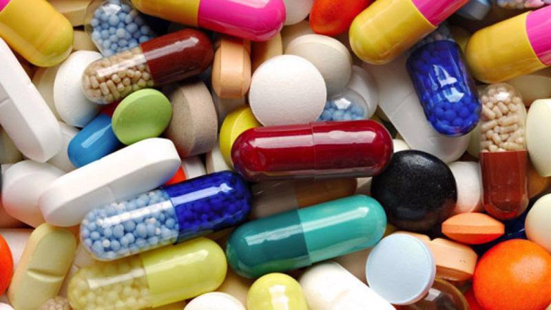 Có đến 11 đoàn đại biểu Quốc hội muốn chất vấn trách nhiệm quản lý nhà nước của Bộ Y tế, công tác giám sát, kiểm tra trong việc cấp phép sản xuất, nhập khẩu, quản lý phân phối, lưu hành, kiểm định thuốc.