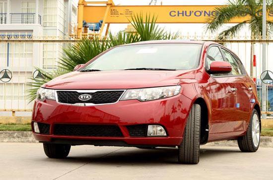 15 mẫu xe Kia cả nhập khẩu và lắp ráp trong nước bắt đầu áp giá mới từ cuối tháng 4.