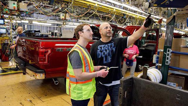 Bên trong hãng sản xuất xe Ford của Mỹ.