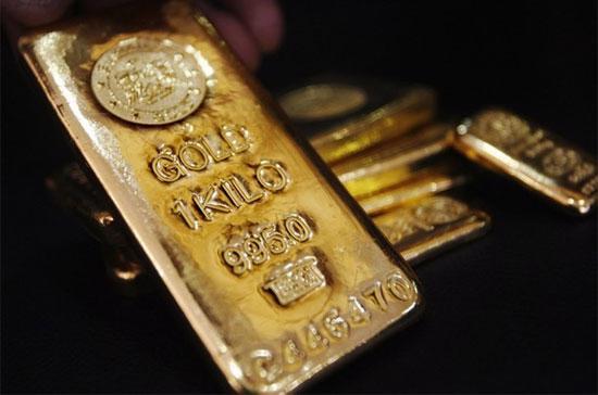 Đợt tăng giá này của vàng trong nước chủ yếu do tác động từ lực đẩy mạnh mẽ của giá vàng thế giới - Ảnh: Reuters.