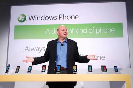 Giám đốc điều hành Steve Ballmer giới thiệu 9 mẫu smartphone chạy Windows Phone 7.
