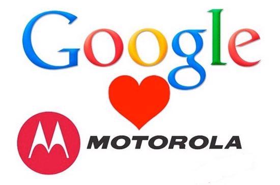 """Ảnh ghép về mối """"lương duyên"""" giữa Google và Motorola. Với Motorola Mobility, Google như """"hổ mọc thêm cánh""""."""