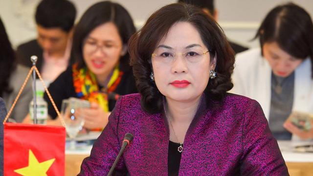 Bà Nguyễn Thị Hồng, Thống đốc Ngân hàng Nhà nước Việt Nam kiêm giữ chức Chủ tịch Hội đồng quản trị Ngân hàng Chính sách xã hội.