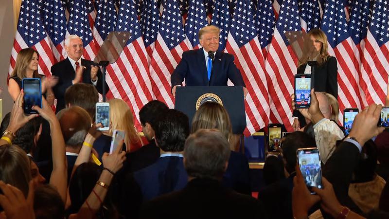 Tổng thống Mỹ Donald Trump phát biểu tại Nhà Trắng rạng sáng 4/11 - Ảnh: Pool.