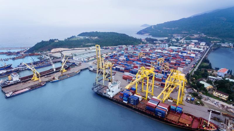 Cảng Đà Nẵng sở hữu gần 1.200m cầu bến có khả năng tiếp nhận tàu hàng tổng hợp trọng tải đến 70.000DWT.