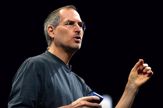 Steve Jobs là người đã đưa Apple từ một công ty sắp phá sản trở thành doanh nghiệp có giá trị vốn hóa lớn nhất nhì thế giới.