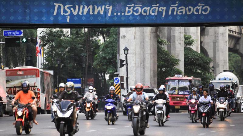 Thủ tướng Thái Lan cho biết sẽ cần phải có những nghiên cứu toàn diện về những tác động kinh tế và xã hội của việc dời đô - Ảnh: Bangkok Post.