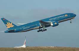 Chương trình giảm giá trên các đường bay nội địa của Vietnam Airlines chỉ được áp dụng cho các chuyến bay có thời gian xuất phát từ ngày 9/9 đến hết ngày 30/10/2010.