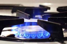Thuế nhập khẩu gas cao là nguyên nhân khiến giá gas trong nước khi tới tay người tiêu dùng luôn ở mức cao.
