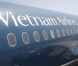 Theo báo cáo của Vietnam Airlines, trong năm tài chính 2008, đơn vị này là một trong số ít các hãng hàng không kinh doanh có lãi.