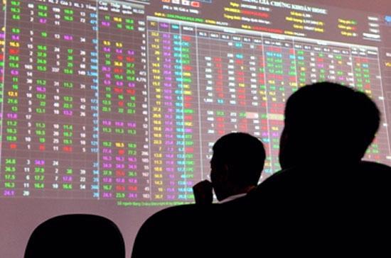 """Dự báo, thị trường chứng khoán sẽ tiếp tục chuẩn bị """"hứng chịu"""" đợt báo cáo tài chính mới không mấy vui vẻ."""