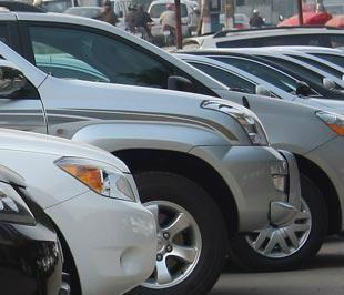 Thị trường ôtô đang trong giai đoạn sôi động - Ảnh: Đức Thọ.