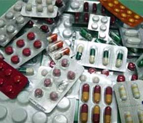 Theo Bộ Y tế, việc các doanh nghiệp tự ý tăng giá đã vi phạm quy định về quản lý giá thuốc - Ảnh: VNN.