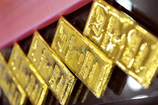 """Wells Fargo tỏ ra """"tiền hậu bất nhất"""" khi mới cách đây ít ngày còn tuyên bố rằng, một khối bong bóng khổng lồ đang hình thành trên thị trường vàng."""