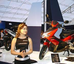 2 phiên bản này được kỳ vọng sẽ chiếm thị phần cao tại thị trường xe máy nội địa - Ảnh: Đức Thọ