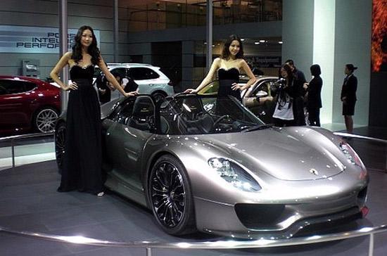 Ngày càng nhiều hãng xe danh tiếng thế giới đổ bộ vào Trung Quốc.