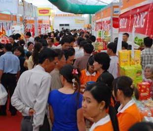 Các hội chợ hàng Thái Lan tại Việt Nam thường thu hút lượng khách khá đông đảo.