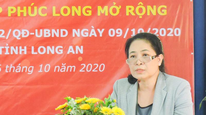 Bà Ninh Thị Bích Thùy, Phó Giám đốc Công ty TNHH Đầu tư và xây dựng Phúc Long tại lễ công bố cuối tháng 10/2020.