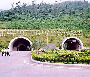 Đường hầm Hải Vân - một dự án sử dụng nguồn vốn ODA của Nhật Bản.