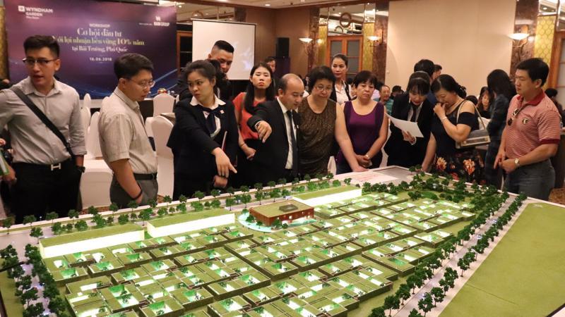Với số lượng khan hiếm và sở hữu nhiều lợi thế đầu tư, biệt thự biển Wyndham Garden Phú Quốc luôn hút nhà đầu tư trong những đợt mở bán.