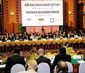 Diễn đàn Doanh nghiệp Việt Nam là sự kiện thường niên diễ ra trước thềm Hội nghị Nhóm tư vấn các Nhà tài trợ cho Việt Nam.