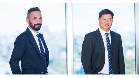 Ông Chris Senekki, Phó Tổng giám đốc Coteccons và Tiến sĩ Phan Hữu Duy Quốc, Phó Tổng giám đốc Coteccons.