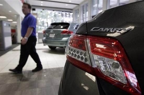 Camry là mẫu xe bán chạy nhất của Toyota tại Bắc Mỹ - Ảnh: AP