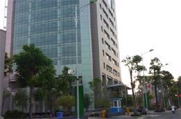 Theo quan sát của Công ty CB Richard Ellis Vietnam, thời gian gần đây, có nhiều khách thuê mới quan tâm tới các dự án văn phòng cho thuê hạng B ở xa trung tâm hơn.