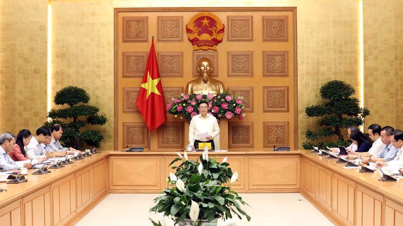 Phó thủ tướng Vương Đình Huệ, Trưởng ban chỉ đạo điều hành giá chủ trì cuộc họp Ban - Ảnh: Thành Chung