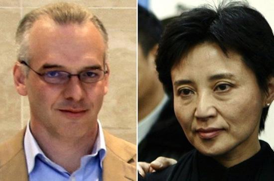 Hôm 10/8, bà Cốc Khai Lai (phải) đã chính thức thừa nhận mình đã đầu độc và giết hại doanh nhân người Anh Neil Heywood tại một khách sạn ở Trùng Khánh hồi tháng 11 năm ngoái - Ảnh: Reuters.