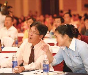 Các nhà đầu tư Đài Loan trong một cuộc hội thảo về cơ hội đầu tư vào thị trường chứng khoán Việt Nam được tổ chức ở Tp.HCM.