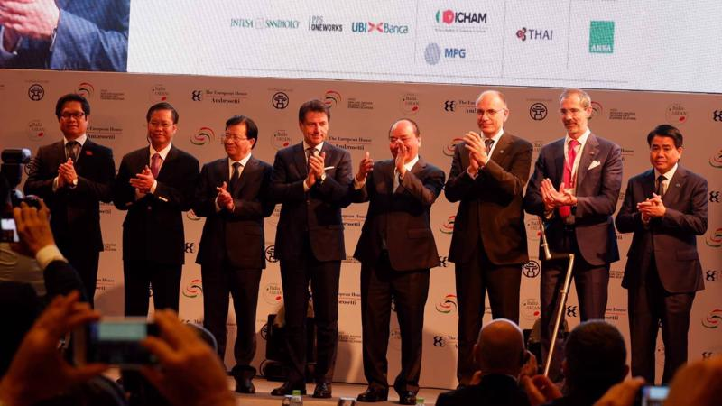 Thủ tướng Nguyễn Xuân Phúc tại Hội nghị Thượng đỉnh cấp cao Italy - ASEAN lần thứ 3 diễn ra ngày 6/6 - Ảnh: Minh Tuấn.