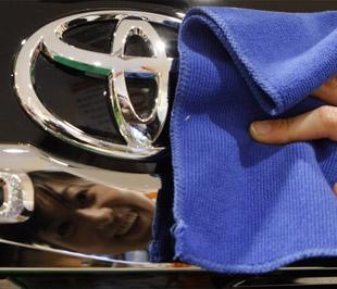 Trong số gần 690.000 xe bị Toyota thu hồi lần này có 384.736 xe Camry sản xuất tại liên doanh của Toyota với Guangzhou Auto trong thời gian từ tháng 5/2006-12/2008 - Ảnh: Reuters.