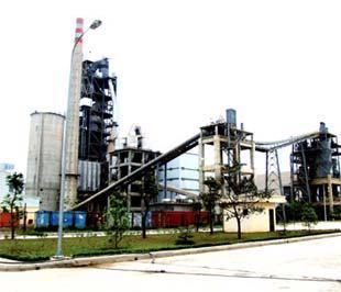 Nhà máy Xi măng Hải Phòng. Trước đây, F.L.Smith (Đan Mạch) là hãng đầu tiên giúp xây dựng nhà máy này.