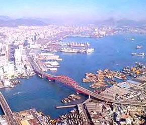 Cảng Busan, Hàn Quốc.