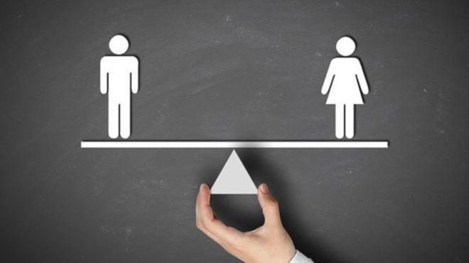 Bộ luật Lao động 2012 vẫn còn một số bất cập về giới.
