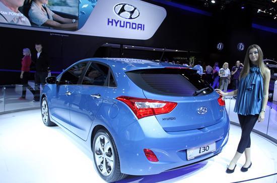 Hyundai i30 mới được giới thiệu tại triển lãm ôtô thế giới Frankfurt 2011 - Ảnh: Bobi.