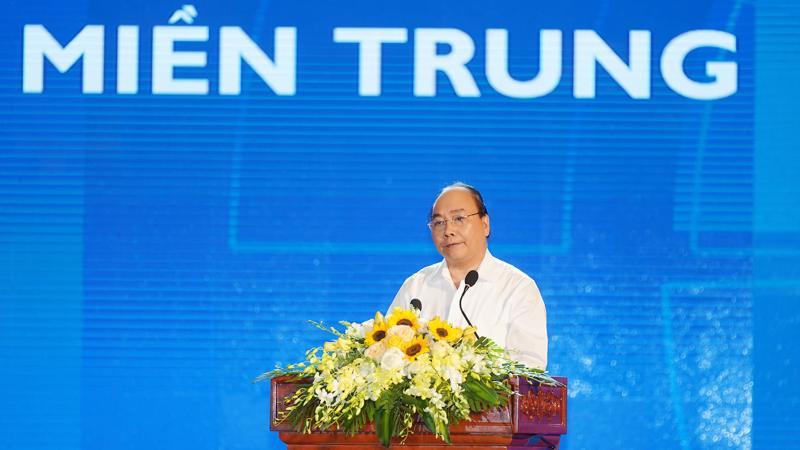 Thủ tướng phát biểu khai mạc Hội nghị Phát triển kinh tế miền Trung - Ảnh: VGP.
