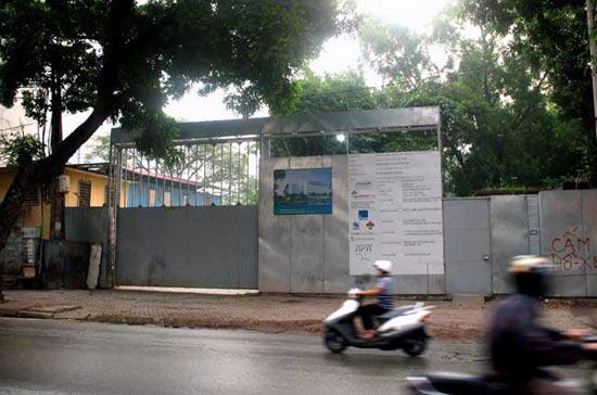 Vị trí dự kiến xây dựng khách sạn Novotel Hanoi on the Park tại số 295 Lê Duẩn.