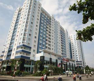 Một chung cư mới tại Tp.HCM. Theo các chuyên gia nước ngoài, thị trường bất động sản ở Việt Nam rất triển vọng trong tầm nhìn trung và dài hạn - Ảnh: Lê Toàn.