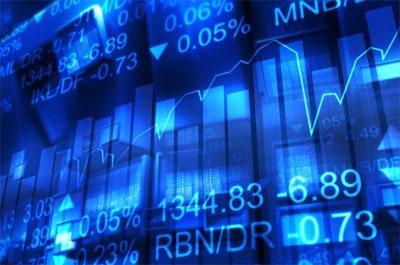 """Theo báo cáo của Chính phủ, cần xem xét khả năng làm bùng nổ """"bong bóng"""" trên thị trường chứng khoán, khi các luồng tiền nóng nhanh chóng được bơm vào và rút ra khỏi nền kinh tế."""