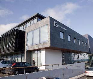 Một chi nhánh của ngân hàng Kaupthing Bank hf ở Iceland - Ảnh: Bloomberg.